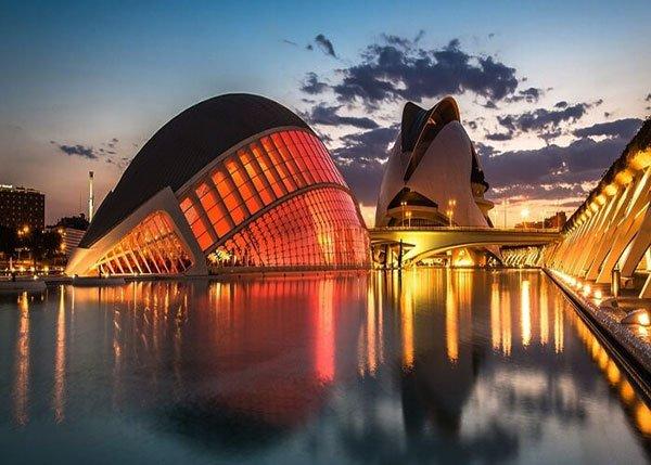 نمایی از شهر بارسلون